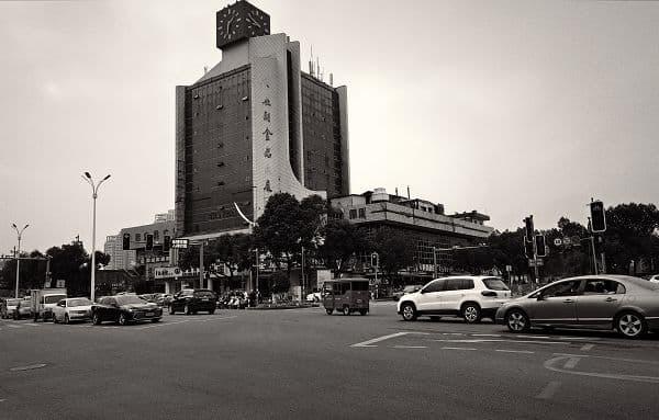 钟楼曾是一座城市的地标